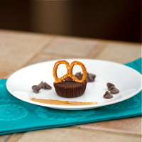 Chocolate Peanut Butter Pretzel Cups