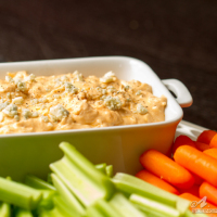 Drink & Dish: Buffalo Chicken Dip {with video!}