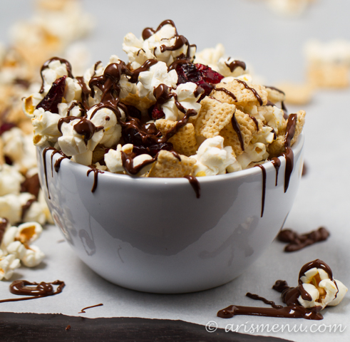 Dark Chocolate Cranberry Snack Mix