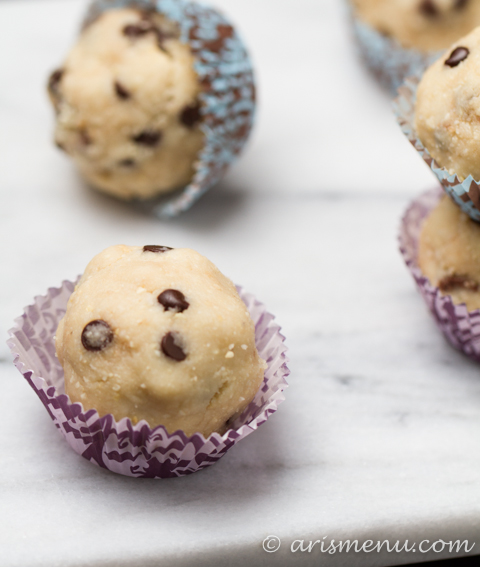 Coconut Cashew Chocolate Chip Cookie Dough Bites: Healthy, gluten-free & vegan dessert bites