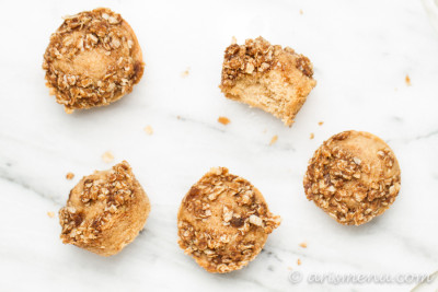 Cinnamon Streusel Muffins: Ultra soft and tender, but secretly healthy, vegan and gluten-free!